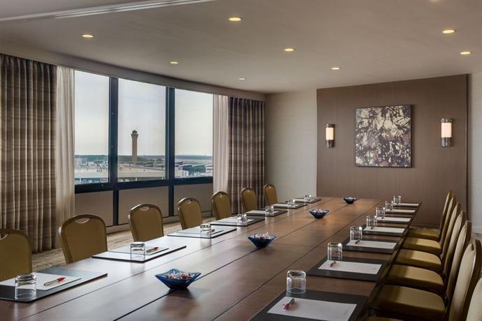Houston Airport Marriott At George Bush Intercontinental Compare Deals