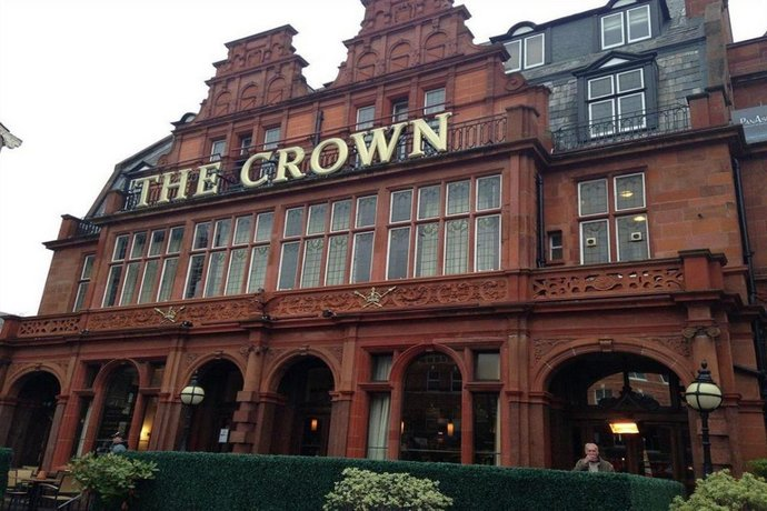 Clayton Crown Hotel London