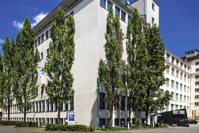 Ibis budget nurnberg city messe nuremberg compare deals for Nurnberg hotel