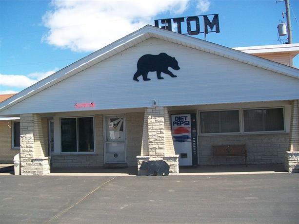Black Bear Motel Cameron Wi