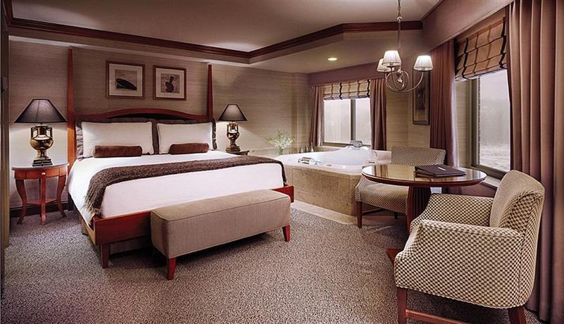 Ameristar Casino Council Bluffs Hotel Rooms