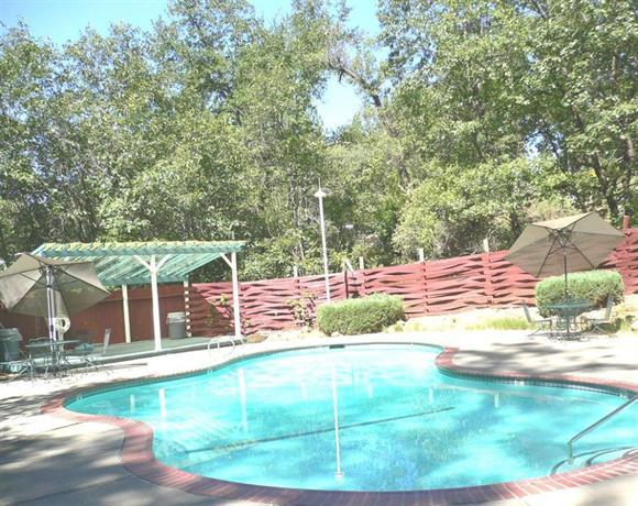 golden chain resort motel grass valley compare deals. Black Bedroom Furniture Sets. Home Design Ideas
