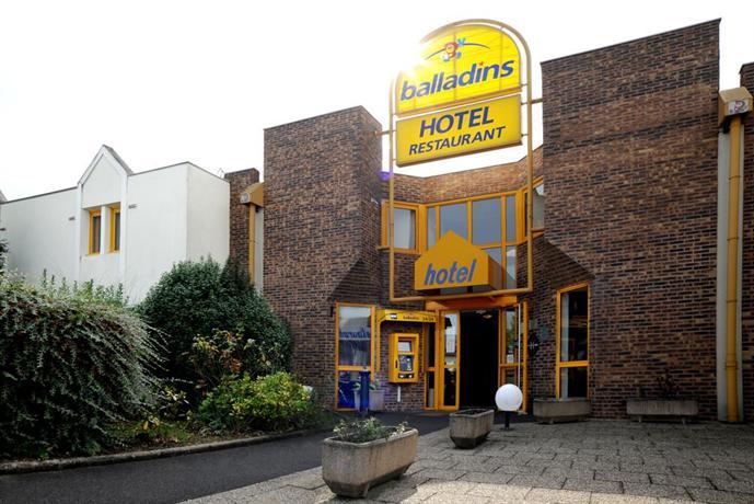 hotel balladins tours nord confort compare deals. Black Bedroom Furniture Sets. Home Design Ideas