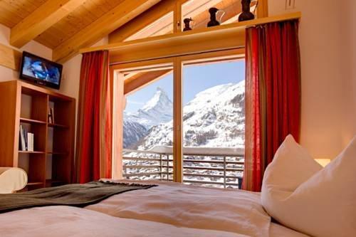 Haus Zenith Apartment Zermatt  Compare Deals. The Frangipani Langkawi Resort & Spa. Hotel Sonne. Hotel Rural San Miguel. Meriton Old Town Garden Hotel. Euro Park Hennef Hotel. Bayshore Beachside Resort. Hotel Zum Stern. Rest Detail Hotel