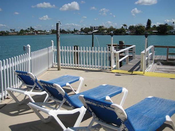 Lorelei Resort Motel Treasure Island