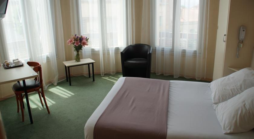 Aragon hotel perpignan buscador de hoteles perpi n francia - Piscine gilbert brutus perpignan ...