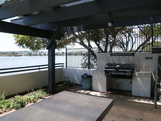 Goldsborough place apartments brisbane compare deals for 39 vernon terrace teneriffe