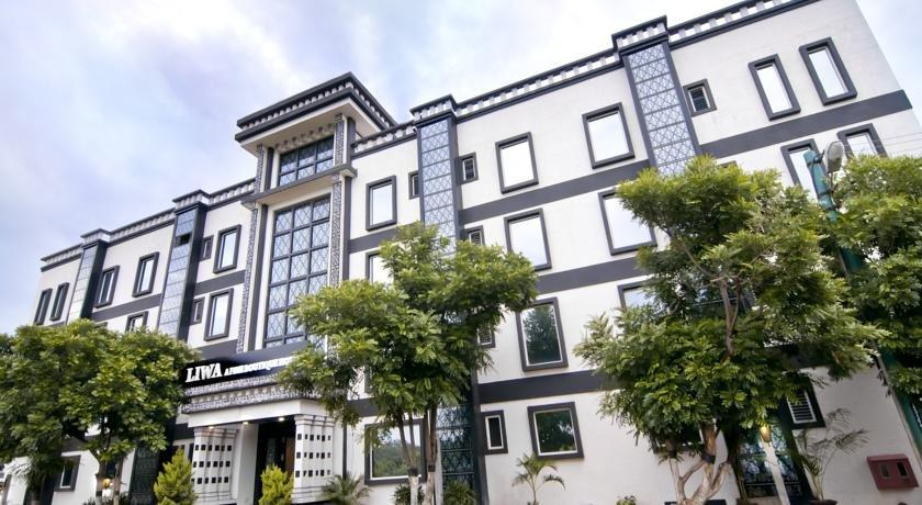 36 Hotels near Kempegowda International Airport Bangalore