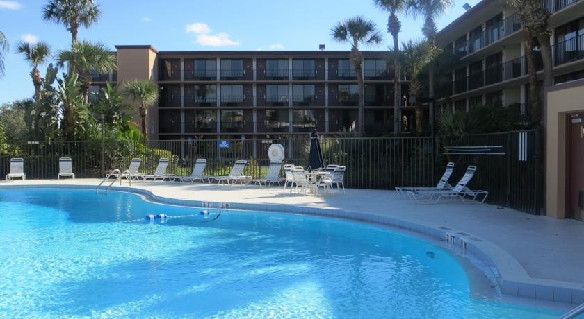 Days Inn by Wyndham Orlando Conv Center International Dr