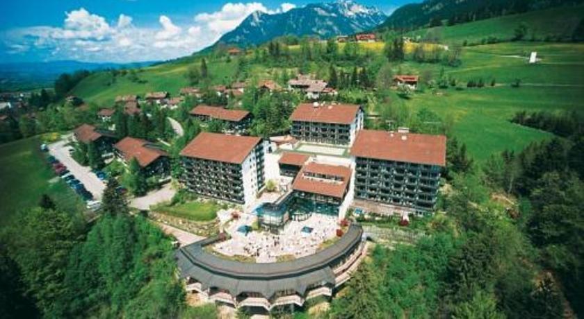 Allgau stern hotel sonthofen compare deals for Hotel in sonthofen