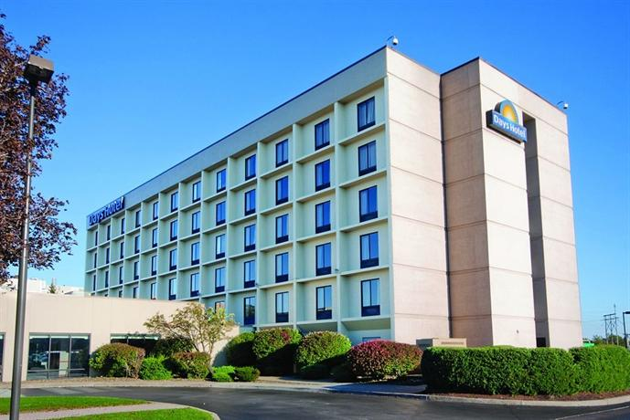 Days Hotel Buffalo Airport Reviews
