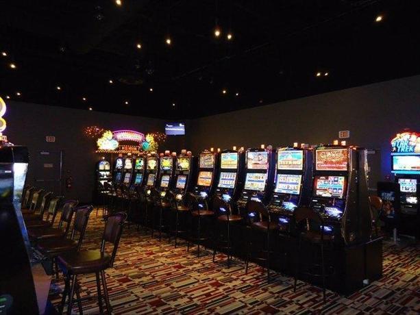 Medicine hat casino hours