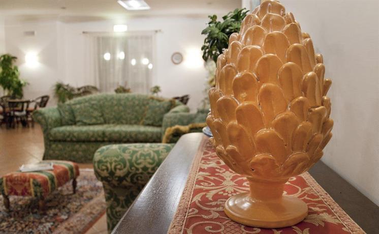 Santo Stefano Quisquina Italy  City new picture : Pigna d'Oro Country Hotel, Santo Stefano Quisquina Compare Deals