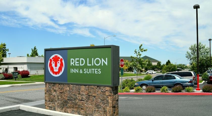 red lion inn suites kennewick convention center. Black Bedroom Furniture Sets. Home Design Ideas