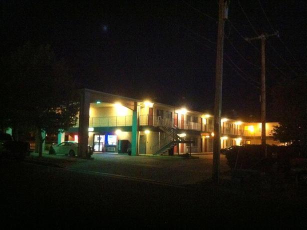 Americas Best Value Inn East Albuquerque
