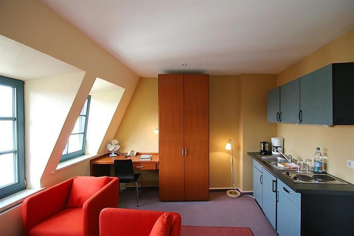 hotel verdi rostock compare deals. Black Bedroom Furniture Sets. Home Design Ideas