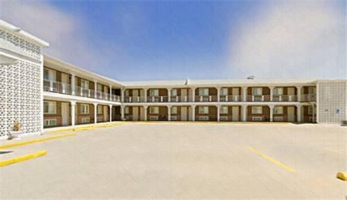 Knights Inn Cozad Lexington Area