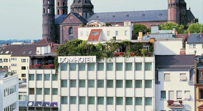 Dom Hotel Worms Site