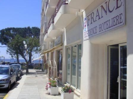 France residence hoteliere antibes compare deals for Location residence hoteliere
