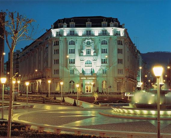 Carlton Hotel Bilbao Отель Карлтон Бильбао
