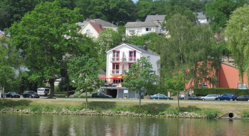 Hotel restaurant villa belle rive remich compare deals for Bell rive