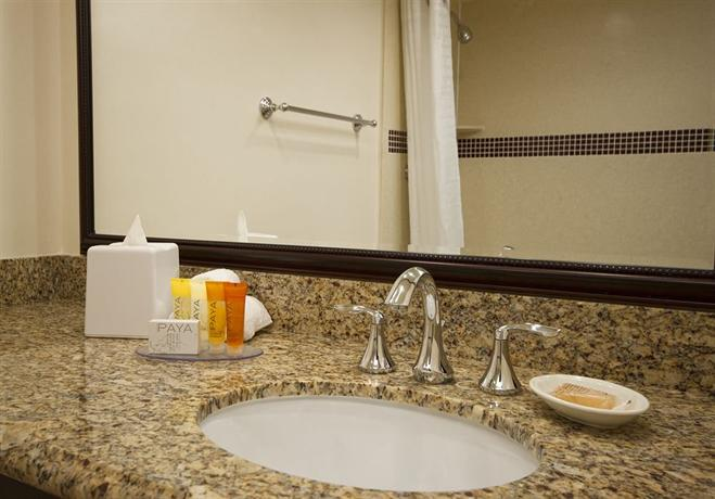 Santa Clara Hotels With Jacuzzi Rooms