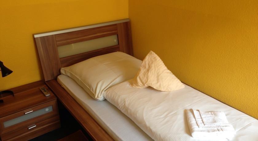 Hotel Restaurant Goldener Hahn