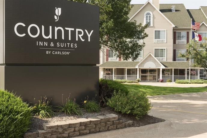 Country Inn & Suites by Radisson Davenport IA