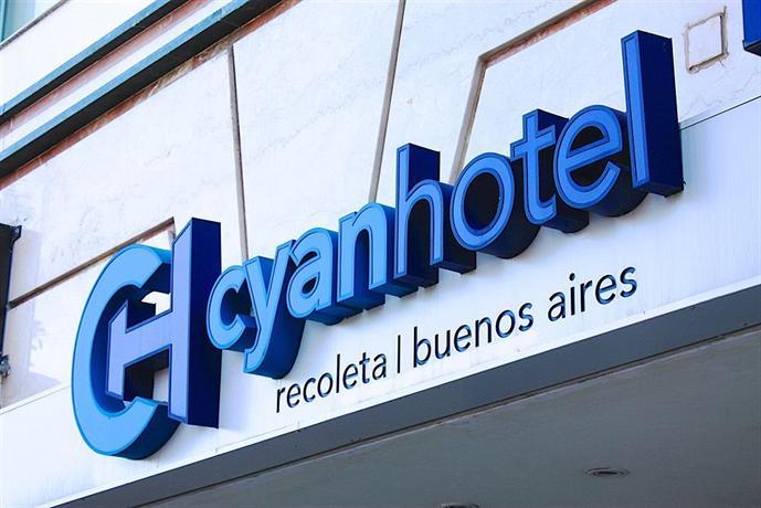 Cyan Recoleta Suites
