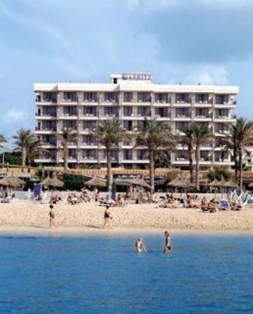 Apartamentos biarritz palma de mallorca compare deals for Appart hotel biarritz