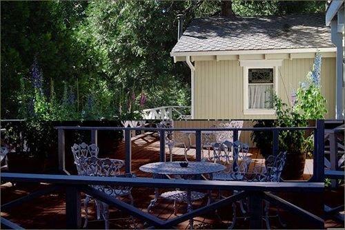 narrow gauge inn fish camp compare deals. Black Bedroom Furniture Sets. Home Design Ideas