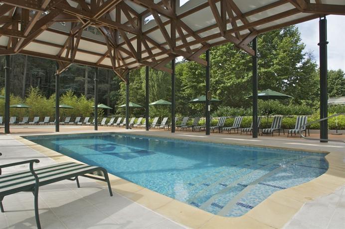 Grand hotel des bains vals les bains compare deals for Grand hotel des bain