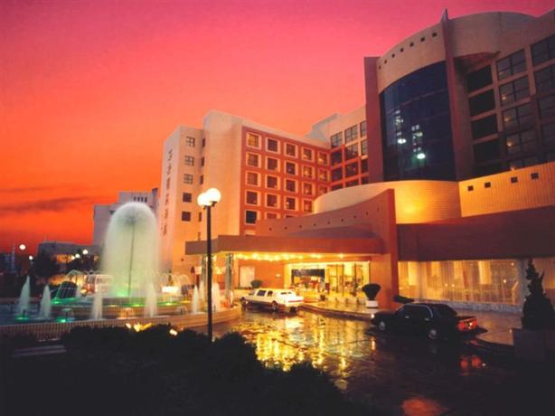 Le Garden Hotel