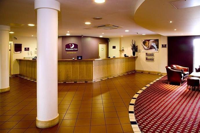 premier inn london docklands excel compare deals. Black Bedroom Furniture Sets. Home Design Ideas