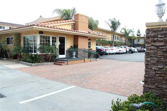 Anaheim Islander Inn & Suites