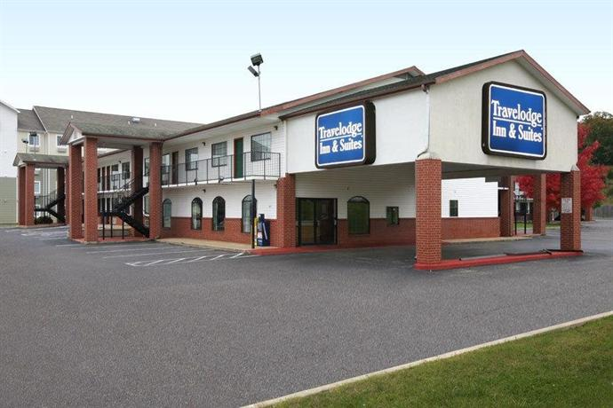 Days Inn by Wyndham Fayetteville South I 95 Exit 49