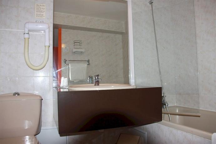 Hotel notre dame bordeaux for Hotel notre dame bordeaux