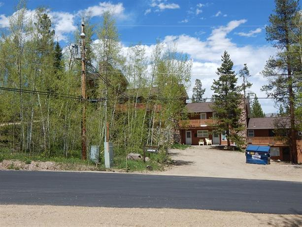 Hideaway village townhomes winter park colorado compare for Winter park colorado cabins
