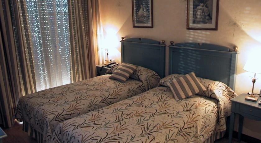 Hotel Santiago Benavente