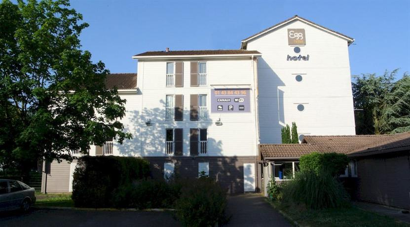 Egg Hotel Sevran