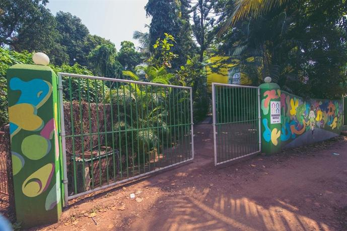 Roadhouse Hostels, Anjuna - Compare Deals
