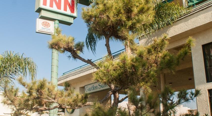 Garden Suites Inn Bakersfield Compare Deals