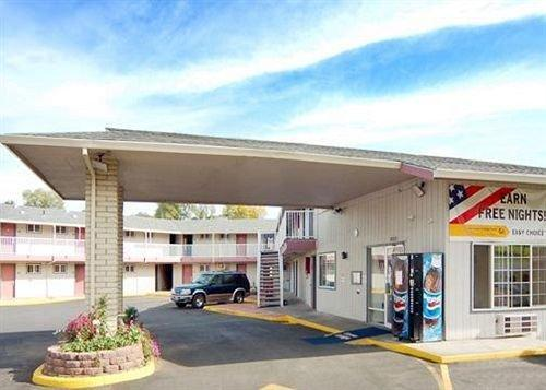 Motel 6 Pendleton OR - West