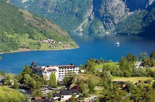 About Hotel Union Geiranger