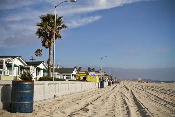 The Beach Cottages San Diego Compare Deals