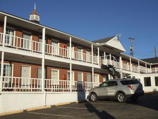 Four Keys Motel
