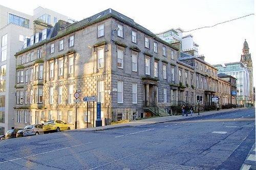 About Dreamhouse Apartments Glasgow St Vincent Street