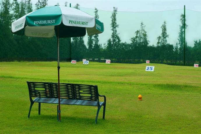 Pinehurst Golf & Country Club Hotel, Central Thailand, Thailand