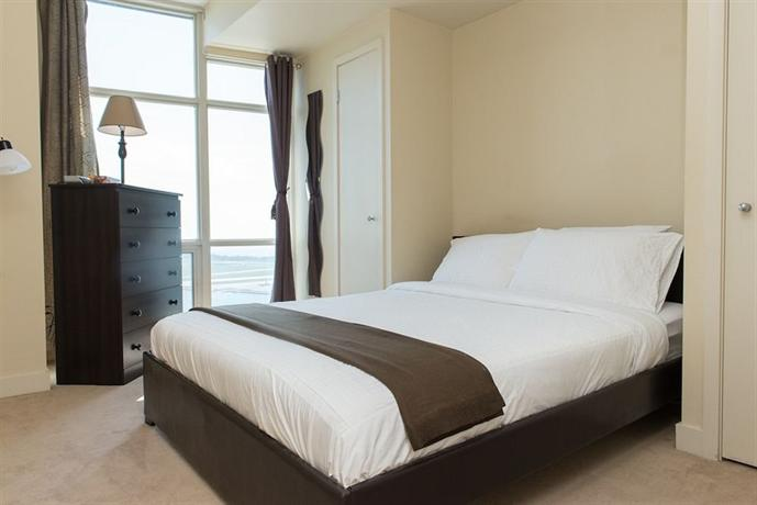 Atlas suites mariner terrace buscador de hoteles toronto for 35 mariner terrace
