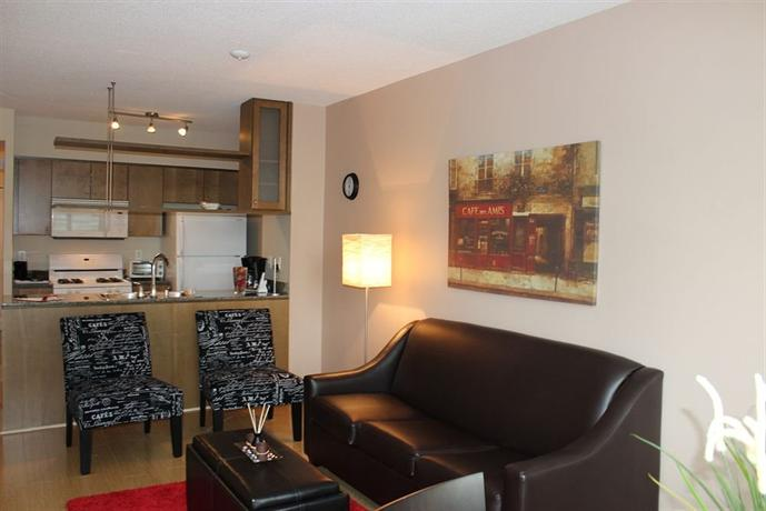 Atlas suites mariner terrace hotels toronto for 35 mariner terrace